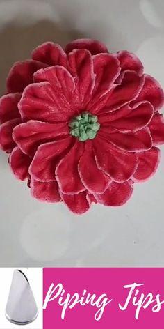 Buttercream Flowers Tutorial, Fondant Flower Tutorial, Fondant Flowers, Piping Icing, Piping Tips, Cake Decorating Tools, Cake Decorating Techniques, Cupcake Ideas, Cupcake Cakes