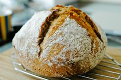 Natural starter bread. Lovely step by step how-to for making starter, feeding it, and a recipe for pain au levain naturel. (choc & zucc)