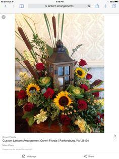 Lantern Arrangement Christmas Centerpieces, Flower Centerpieces, Thanksgiving Decorations, Flower Decorations, Christmas Decorations, Fall Lantern Centerpieces, Diy Lantern, Centrepieces, Fall Lanterns