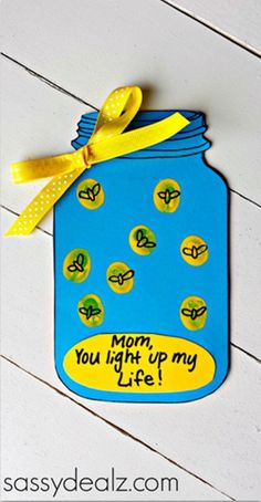 13 Creative and Sweet Kindergarten Mother's Day Crafts - You Light Up My Life Lightning Bug Jar - KindergartenWorks