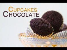 Cómo hacer Cupcakes de chocolate sin batidora eléctrica, receta fácil ♥ Bocados Divinos - YouTube