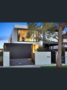 Vaucluse Street, Brighton, Vic 3186 - Property Details - Before After DIY Townhouse Designs, Duplex House Design, Duplex House Plans, Modern House Design, Facade Design, Exterior Design, Narrow House Designs, Modern Contemporary Homes, Hamptons House