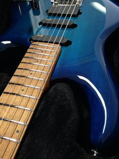 PDN Neptune Blue Luke III with a roasted maple neck