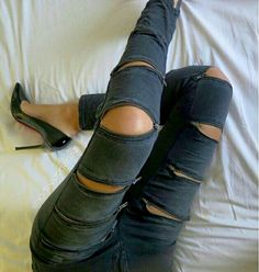 Legging with multi zippers