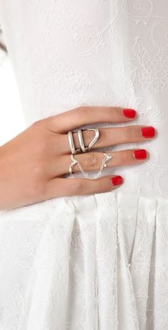 Jacquie Aiche Stackable V Ring #rings #delicate #simple #jewelry #details