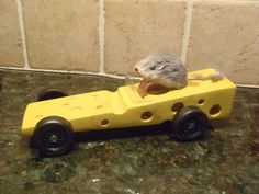 100 Amazing Pinewood Derby Car Design Photos of 2011 – Boys' Life magazine Cub Scouts, Girl Scouts, Wolf Scouts, Scout Mom, Awana Grand Prix Car Ideas, Diy Craft Projects, Fun Crafts, Craft Ideas, Mousetrap Car