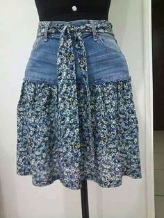 95 DIY Things You Can Make With Old Jeans - diy clothes Recycling Ideen Sewing Jeans, Sewing Clothes, Skirt Sewing, Barbie Clothes, Jeans Refashion, Diy Jeans, Clothes Refashion, Refashioning Clothes, Diy Kleidung