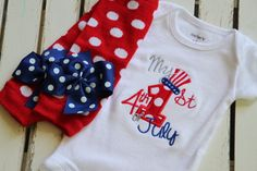 My 1st 4th of July outfit for babies.  www.darlinglittlebowshop.com