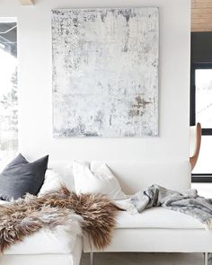 Saturday's should look like this! Right?! ✨✨Hope you all are enjoying your weekend! #Saturday #interiordesign