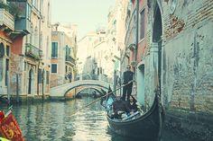 venezia gondola...I really want to be here