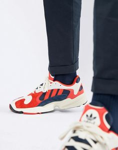 sports shoes 63713 c660a adidas Originals Yung-1 Sneakers In White B37615