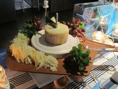 CATERING CHEESE BOARD