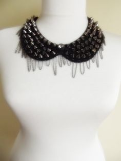 FREE SHIPPING peter pan collar necklace beads by trendycollars, $21.90