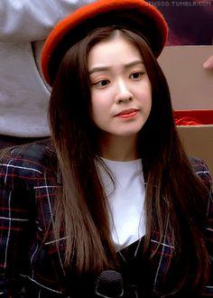 Kpop Girl Groups, Korean Girl Groups, Kpop Girls, Red Velvet Joy, Red Velvet Irene, Seulgi, Rapper, Bae, Celebs