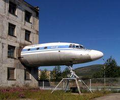 building the plane in Magadan