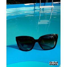 Soleil, piscine, lunettes Prada… un air de vacances souffle à Mulhouse ! #clindoeil #sunnies #clindoeilopticiens #mulhouse @prada
