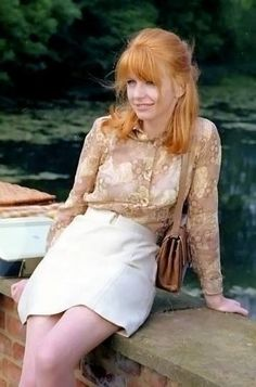 l really like Jane Asher. She was (l guess she still is) independent and talented and had fabulous hair and broke up with Paul