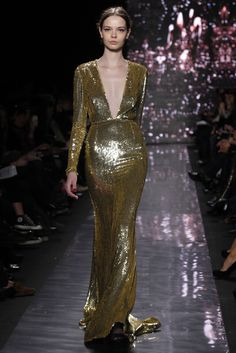 Naeem Khan RTW Fall 2012 - Red Carpet dress for sure - if oscar was a girl this is what she would wear!