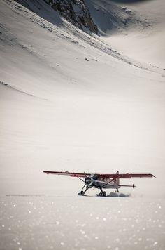"""Alaska is my favorite place on earth. It is so big and so wild, vast and untouchable"" Leighan Falley, Alaskan Bush Pilot.it to view the full story . Winter Looks, Zermatt, Piper Aircraft, Bush Pilot, Bush Plane, Female Pilot, Alaska, Adventure, Fall Fashion"
