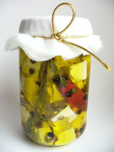 Feta, Barware, Dinner Recipes, Cooking Recipes, Candy, Homemade, Drinks, Christmas, Gifts