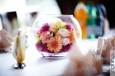 kule z kwiatami dekoracja / Glass balls with flowers decoration