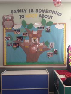ideas for family tree activity preschool bulletin boards Classroom Family Tree, Preschool Family, Owl Theme Classroom, Toddler Classroom, Classroom Walls, Preschool Classroom, Preschool Activities, Infant Classroom Ideas, Classroom Board