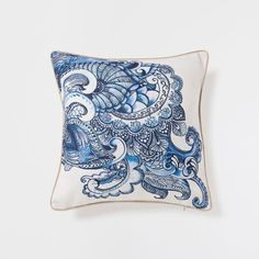 WAVY DESIGN PILLOW - Decorative Pillows - Decor and pillows   Zara Home United States