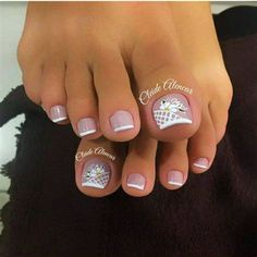 French Manicure Toes, French Pedicure, Pedicure Nail Art, Toe Nail Color, Toe Nail Art, Nail Colors, Toenail Art Designs, Pedicure Designs, Pretty Toe Nails