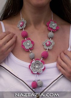 Crochet beaded necklace - FREE PATTERN. Try something new with this stunning crochet accessory.