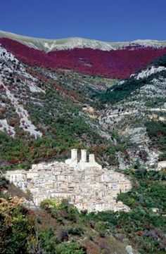 Bordered by the Apennines, Abruzzo holds some of Italy's wildest terrain: silent valleys, vast untamed mountain plains, abandoned hill villages, and some great historic towns, many of them rarely visited by outsiders. The Parco Nazionale d'Abruzzo, has become a major tourist attraction.