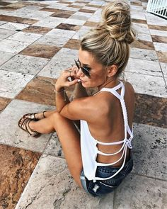 Perfect Summer Look – Latest Casual Fashion Arrivals. The Best of summer fashion in - Luxe Casual Style, Latest Fashion Trends - Luxe Fashion New Trends Mode Outfits, Casual Outfits, Fashion Outfits, Fashion Tips, Fashion Trends, Flannel Outfits, Beach Outfits, Hot Summer Outfits, Modest Fashion