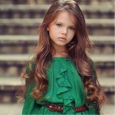wow little girl model status