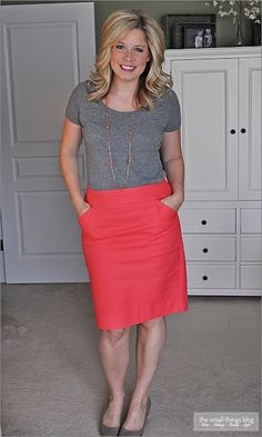 The Small Things Blog: 30 with 30, week eight - gray tee and coral pencil skirt