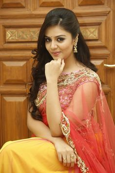 Srimukhi in half saree #srimukhi #halfsaree #southindianactress