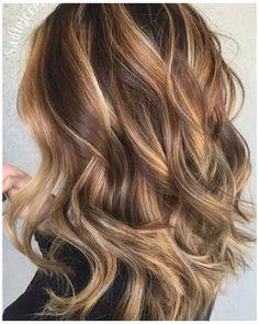 Balayage Caramel Blonde, Brown Hair With Highlights And Lowlights, Hair Color Balayage, Hair Highlights, Balayage Brunette, Brown Ombre Hair, Light Brown Hair, Light Hair, Brown Hair Colors