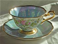 Teacup-Nooks & Crannies