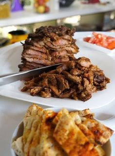 sandwich from salonica and greece.and name is pitagyro Greek Recipes, Pork Recipes, Cooking Recipes, Greek Cooking, Cooking Time, Food Network Recipes, Food Processor Recipes, Cetogenic Diet, Cyprus Food