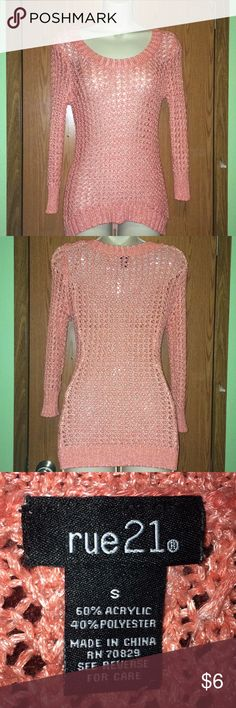 Cute Salmon colored Sweater Cute loose woven sweater. It is a salmon color. Excellent condition Rue 21 Sweaters