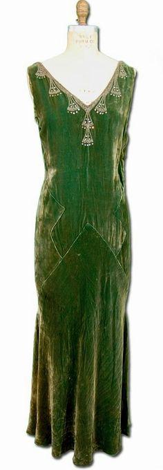 1920s/30s velvet gown