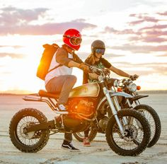 As a beginner mountain cyclist, it is quite natural for you to get a bit overloaded with all the mtb devices that you see in a bike shop or shop. There are numerous types of mountain bike accessori… Tracker Motorcycle, Retro Motorcycle, Scrambler Motorcycle, Honda Motorcycles, Cool Bike Accessories, Motorcycle Accessories, Moto Vespa, Biker Boys, Touring Bike