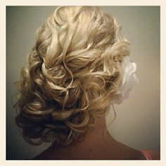 vintage off to one side updo #hairbyjennyreh