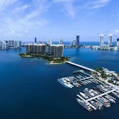 Prive at Island Estates condominium  Aventura.  Under construction  Em construção  For complete info/para informação completa:   1-954-934-5819  diegomotarealtor@gmail  #Prive #island #Aventura #florida #Miami #exclusive #realestate #condo #luxury #underconstruction #naplanta #apt #luxo #exclusivo #altopadrao #imoveldeluxo #imobiliária #imovel #eua #brasilbrokers #casa #boat #marina #barco #corretor by mota_realtor