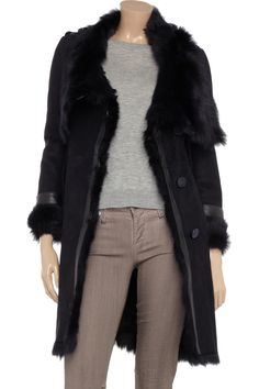 Shearling coat, gray t, and skinny taupe jeans!  LOVE!!