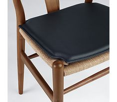 47 Best Mix Of Chairs With Wishbone Images Lunch Room Dining