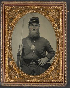 [Unidentified soldier in Union uniform with musket and saber bayonet] (LOC) | Flickr - Photo Sharing!