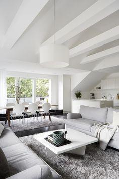 White scandinavian interior. Vasavägen 29, Vindsetage | Fantastic Frank