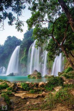 Ban Gioc water fall, Trung Khanh, Cao Bang, Vietnam