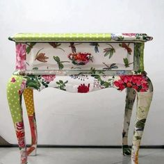 Amazing decoupage transformation