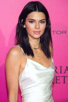 How To Style 8 Of Our Favorite Celebrity Haircuts+#refinery29