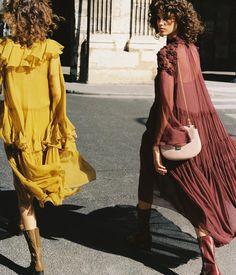 Boemska kombinacija midi ili maksi haljine i gležnjača
